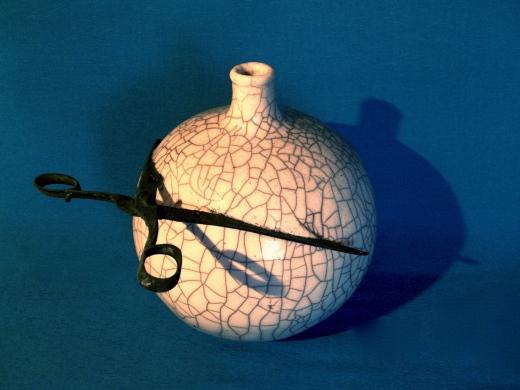 Paperclay mit Schere Raku 40cm
