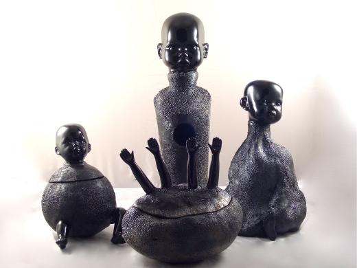 Puppendosen und Vasen
